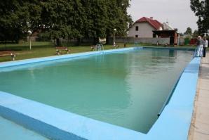 Bazén a malá úpravna vody